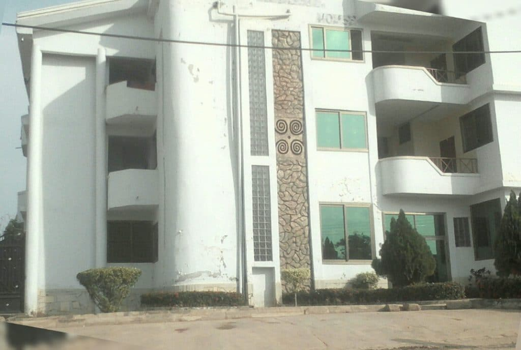 american house hostel
